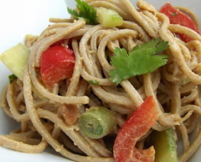noodlespeanutsauce1.jpg